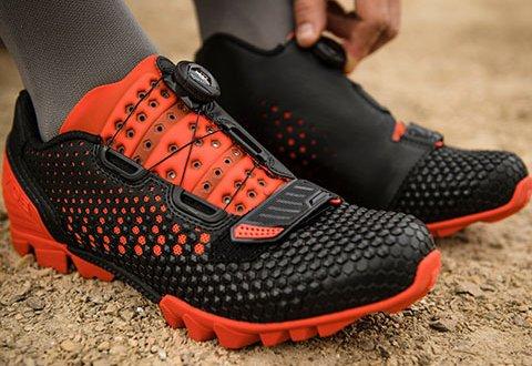 נעלי רכיבה לאופני שטח