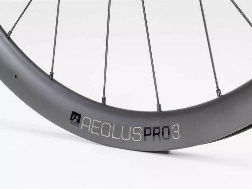 גלגלי כביש Bontrager Aeolus Pro 3 Disc TLR V2