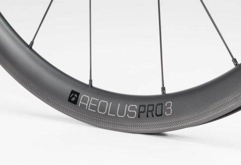 גלגלי כביש Bontrager Aeolus Pro 3 TLR Clincher