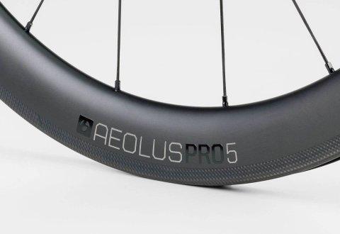 גלגלי כביש Bontrager Aeolus Pro 5 TLR Clincher