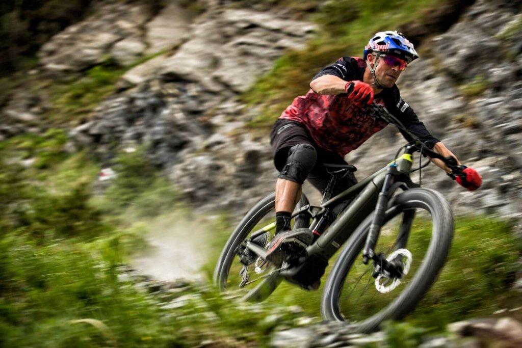 אופני TREK RAIL ברכיבה