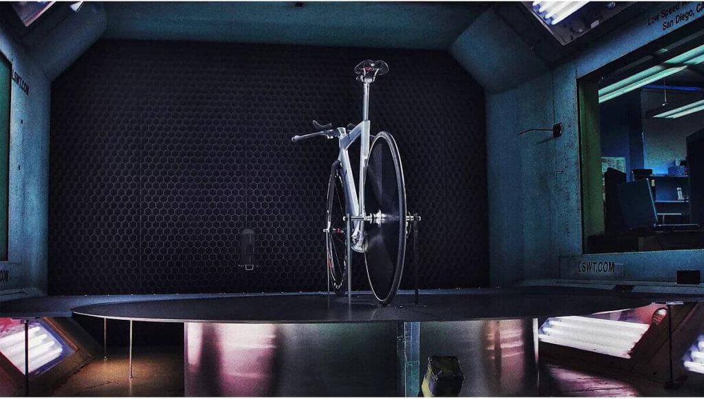 אופני Trek Speed Concept במנהרת רוח