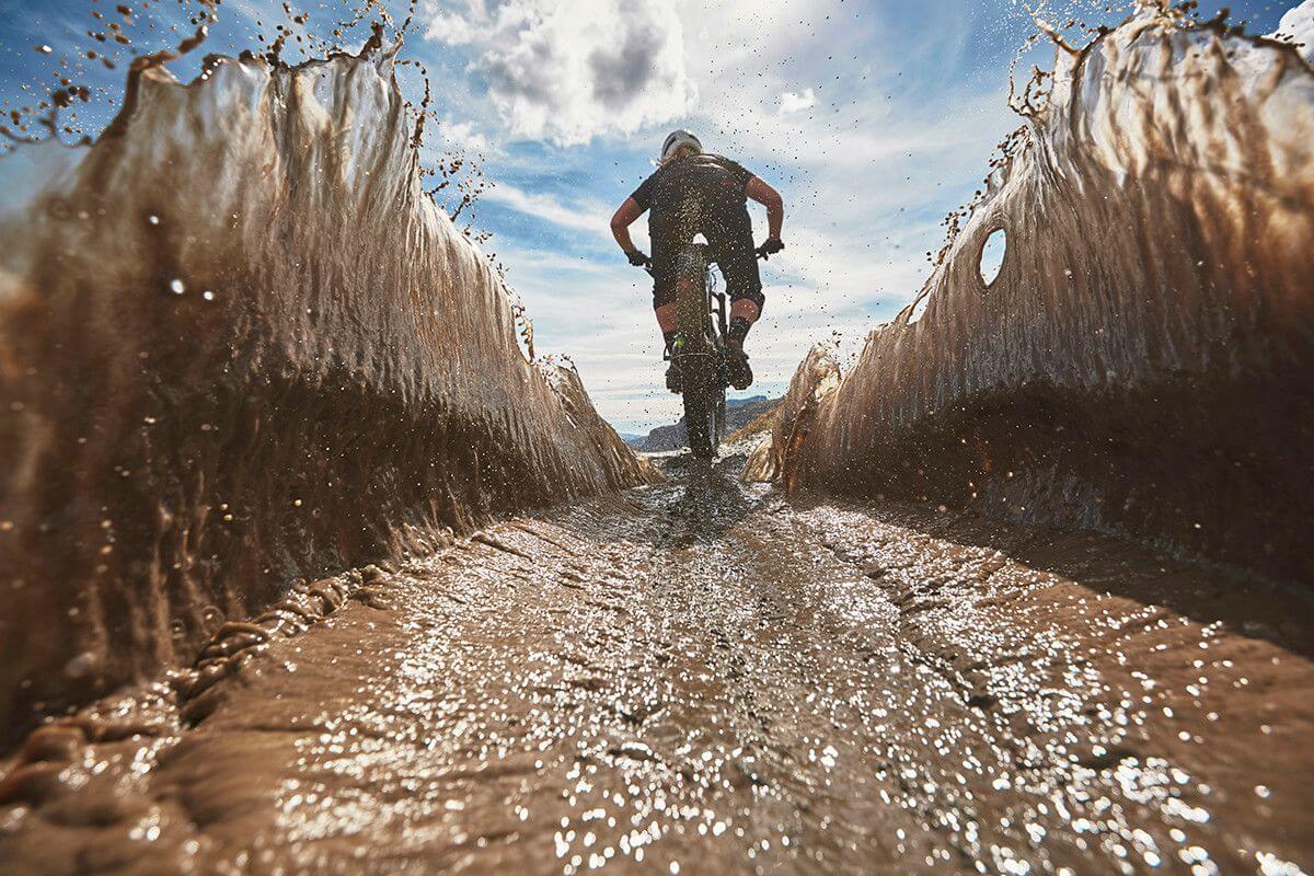 כללי הזהב לשטיפת אופניים אחרי רכיבה בשטח בוצי
